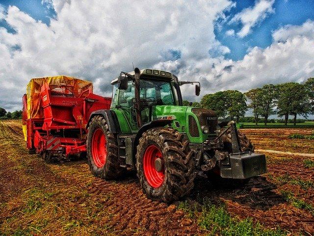 Cambiar el aceite a un tractor